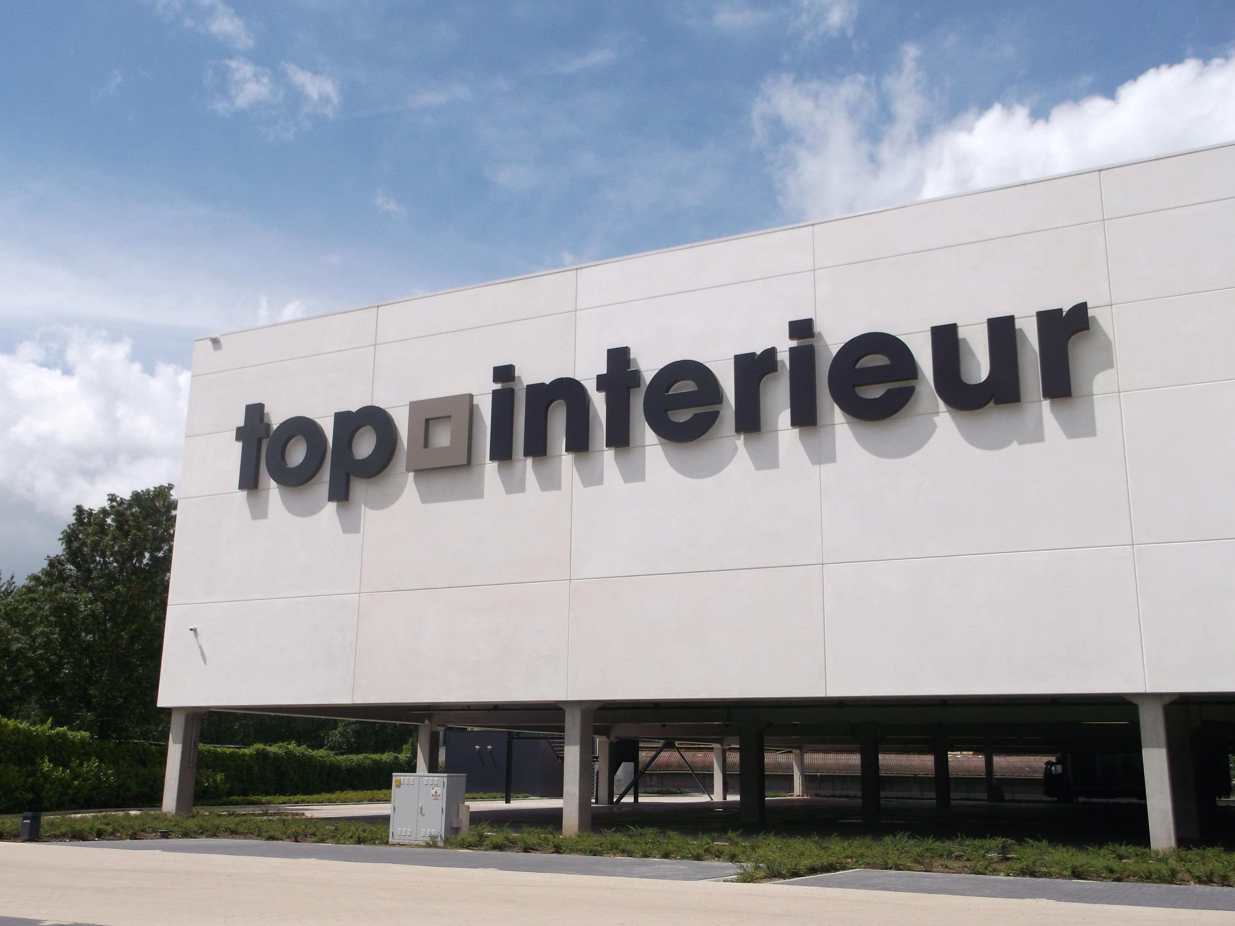 Reliëfletters | Top Interieur Massenhoven | total concept ...