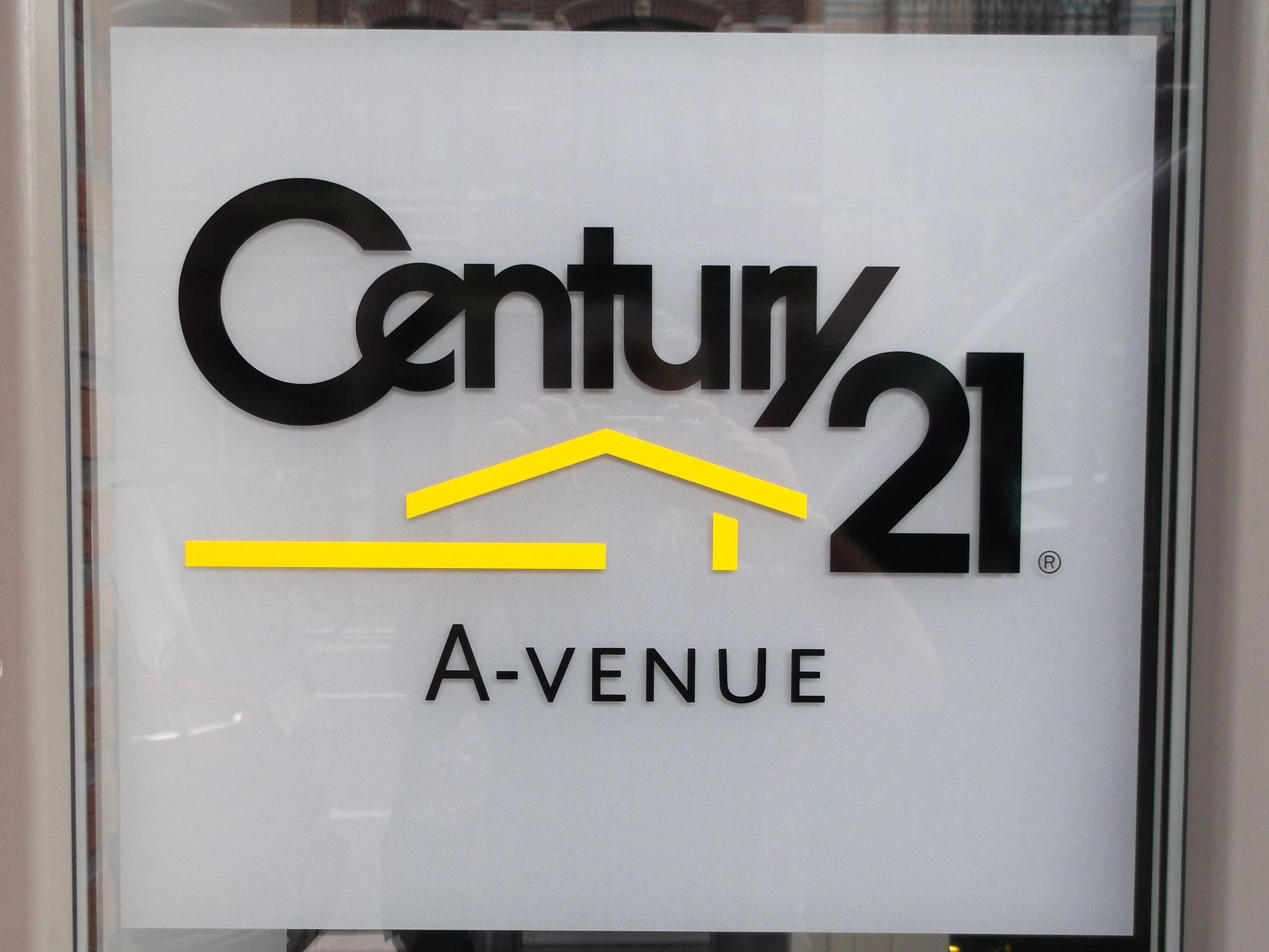 Dovy Keukens Openingsuren : Century 21 Total Concept, standbouw, lichtreclame